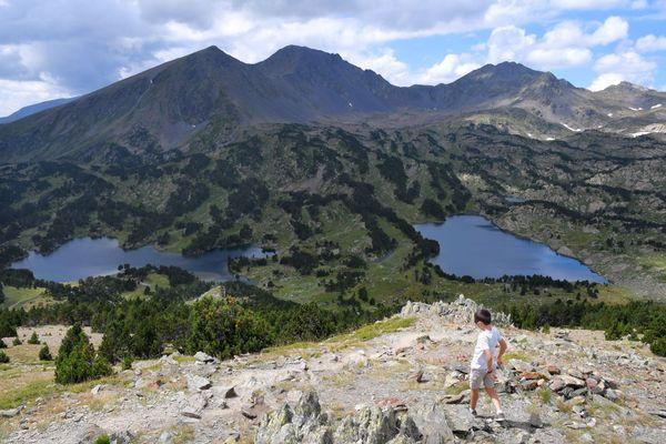 Le petit et le grand Péric dans les Pyrénées-Orientales (Massif du Carlit).