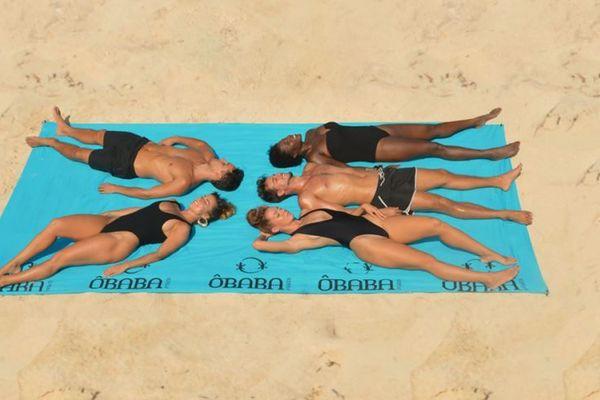 Le tissu du plus grand drap de plage vendu au monde vient des Vosges.