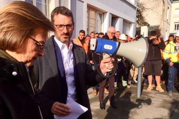 À Angers, rencontre entre des artisans et le député Matthieu Orphelin, novembre 2018