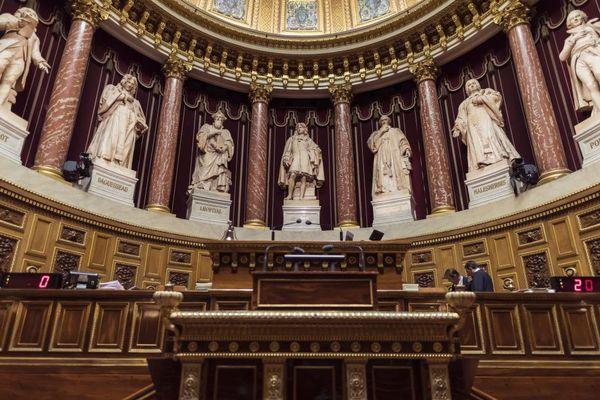 Photographie prise depuis l'hémicycle du Palais du Luxembourg où siègent les sénateurs.