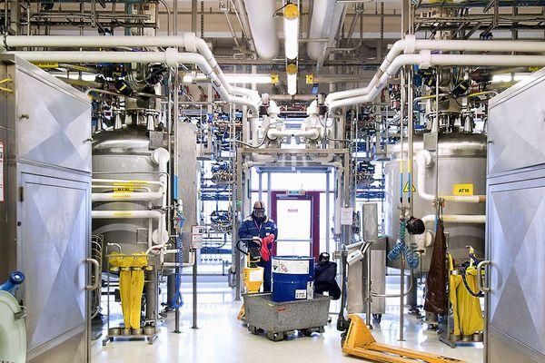 Une vue de l'intérieur du laboratoire de Minakem à Dunkerque.