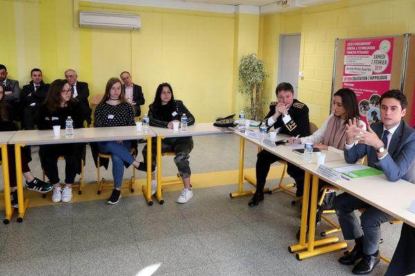 En janvier dernier Gabriel Attal est venu à Avignon présenter le SNU