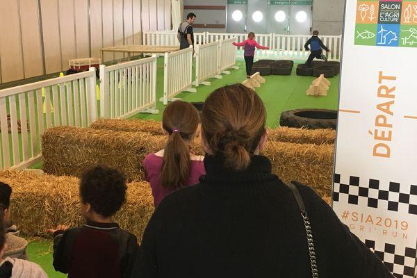 Et si vous veniez en famille au Salon de l'Agriculture pour tester la course d'obstacles.