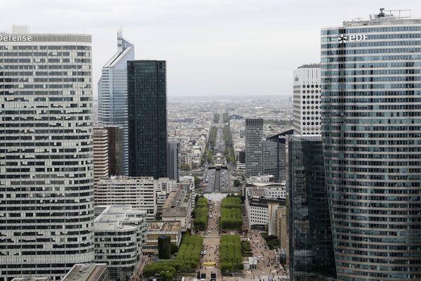 Les réseaux d'eau chaude des quartiers de La Défense et de Levallois-Perret sont coupés pour maintenance jusqu'à la fin de la semaine.
