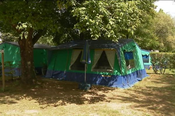 Parcey : le camping