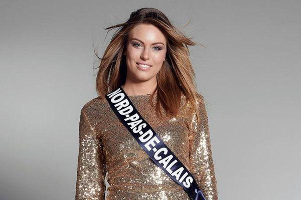 La photo officielle de Laurine Maricau, pour le concours Miss France.