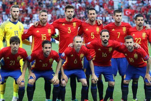 L'équipe nationale de football d'Espagne avant le match contre la Turquie le 17 juin 2016 à Nice.