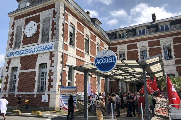 Mobilisation d'une partie du personnel de l'hôpital de Bayonne ce mardi entre 13h et 15h.