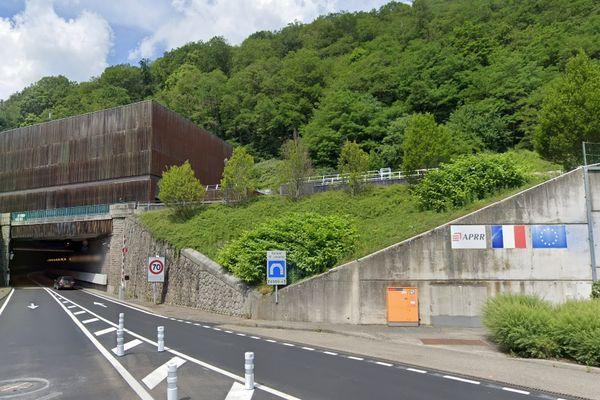 Le tunnel Maurice Lemaire, long de sept kilomètres, relie Sainte-Marie-aux-Mines et Lusse.