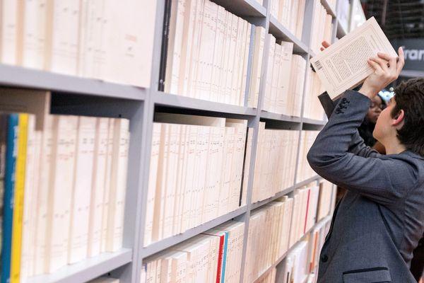 Pour acheter ses livres en ligne, il n'y a pas qu'Amazon, pensez au site librairesdel'est.fr