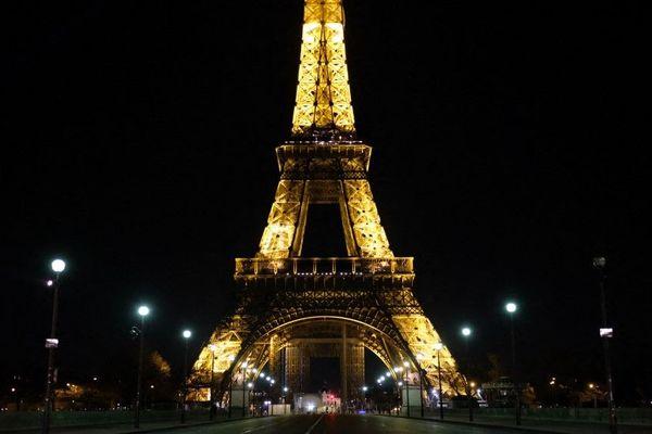 La tour Eiffel, ce vendredi 27 mars dernier (illustration).