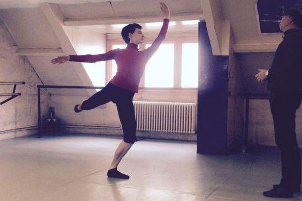Léo Carpentier s'entraîne à Caen dans les cours de Chantal Ruault.