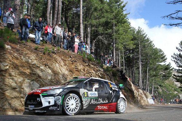 Le Britannique Chris Mekke sur la sixième étape du WRC/Tour de Corse 2015.
