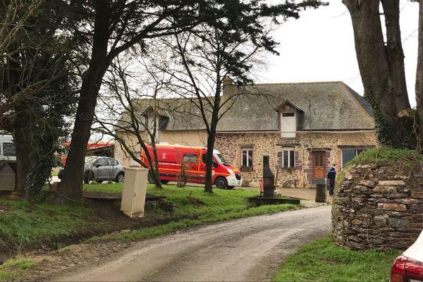 Un périmètre de sécurité a été mis en place à Essé, autour de la propriété qui abrite un bâtiment agricole touché par une explosion