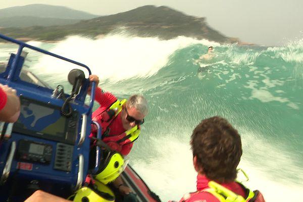 Un jeune homme de 18 ans a été sauvé à la dernière minute de la noyade par les secouristes sur une plage de Propriano.