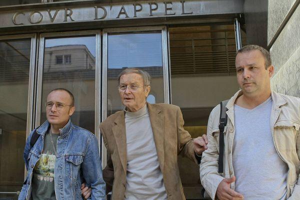 Thomas, Maurice et Guillaume Agnelet: une famille unie, soudée, en 2007, lors du procès en appel à Aix-en-Provence
