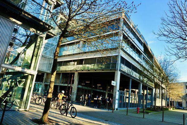L'école d'architecture de Nantes, œuvre de Anne Lacaton et Jean-Philippe Vassal, lauréats du Pritzker 2021