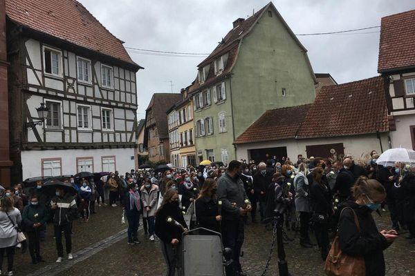 Marche blanche dans le centre ville de Wissembourg, ce jeudi 8 octobre vers 14h.