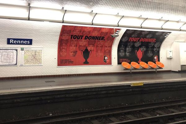 Le Stade Rennais s'affiche dans la station de métro Rennes à Paris