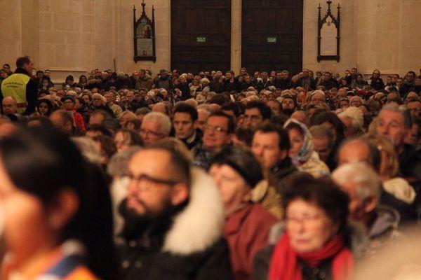 Au regard de leur nombre, les fidèles ont même dû prendre leur mal en patience avant de pouvoir accéder à la basilique.