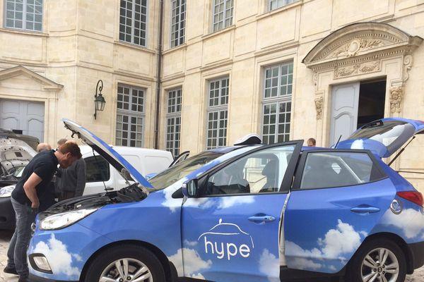 Voiture à hydognène présentée à Orléans
