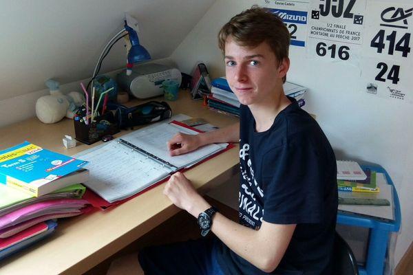 Gurvan, 15 ans, passe son bac SSI