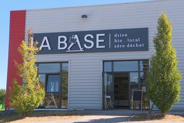 La Base, qui est le premier drive zéro déchet de la région Bourgogne, a reçu le soutien de plusieurs organismes.