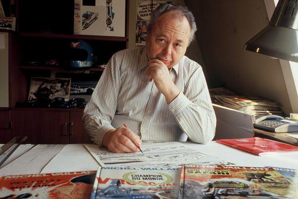 Jean Graton dans son studio au dernier étage de sa maison de l'avenue du Pérou à Bruxelles, vers 1990