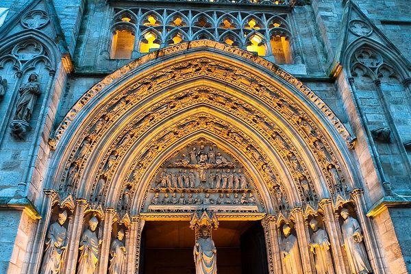 Portail nord de la cathédrale Saint André de Bordeaux