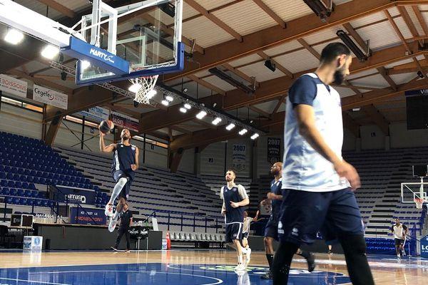 Basket : la Chorale de Roanne à deux matches d'un possible retour dans l'élite