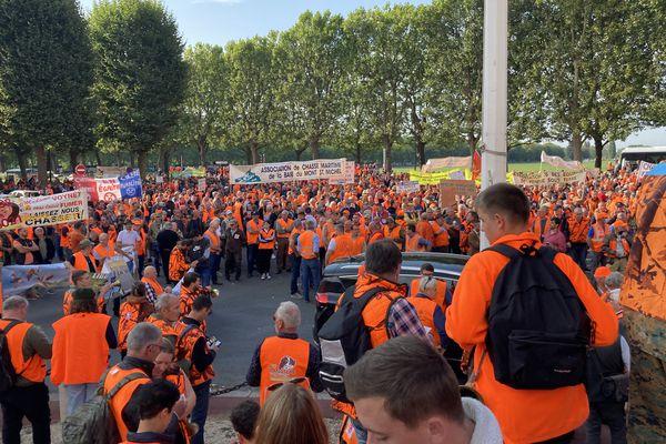 Plusieurs milliers de chasseurs venus de toute la Normandie sont présents à Caen ce samedi 18 septembre