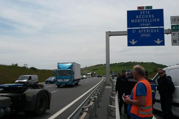 Les forains ont bloqué l'accès au viaduc de Millau