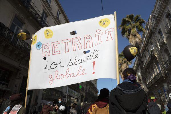 Manifestation contre la proposition de loi sécurité globale à Montpellier le 21 novembre.