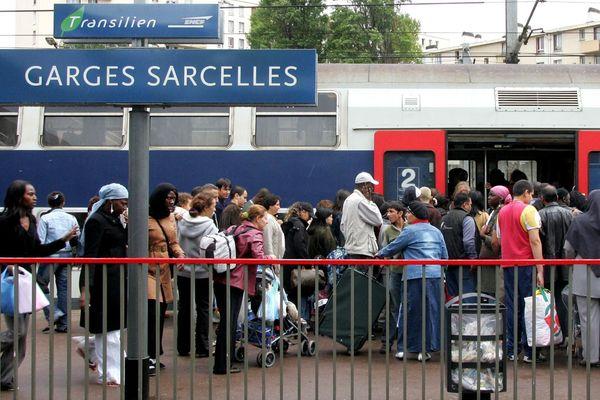 Une stèle en mémoire des soldats africains située devant la gare de Sarcelles a été profanée.