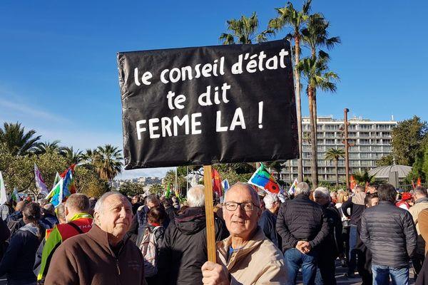 1.000 personnes se sont retrouvées ce mercredi 29 janvier, au départ de la manifestation contre les retraites, au jardin Albert 1er, à Nice.