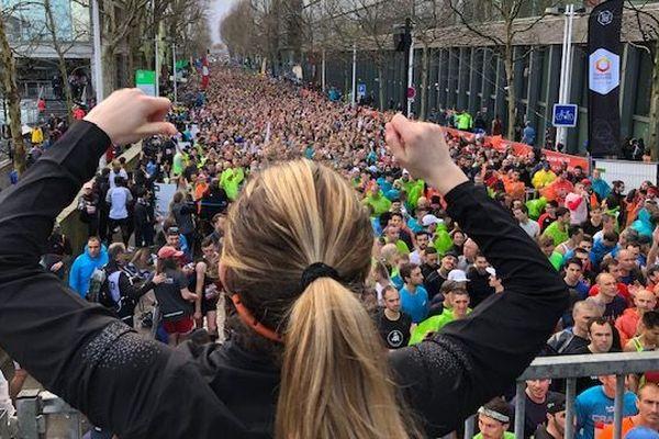 Près de 4000 participants aux environs de la gare d'Austerlitz ce dimanche 10 mars pour le départ du semi-marathon de Paris
