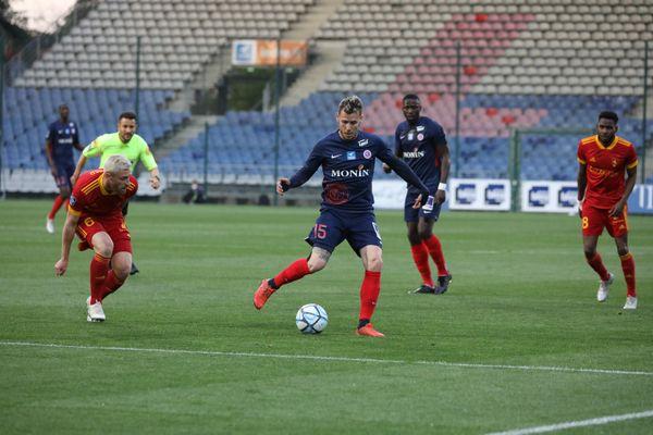 Après 34 journées, Romain Grange et ses coéquipiers sont relégués en National 1.