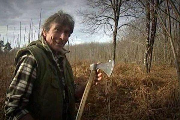Guy philip feuillardier à Tamniès en Dordogne