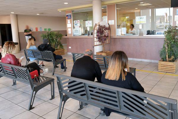 Illustration salle d'attente du service d'urgences de l'Hôpital Nord de Marseille