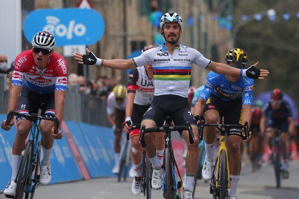 Le coureur de l'Allier Julian Alaphilippe a remporté la deuxième étape de la course Tirreno-Adriatico ce jeudi 11 mars.