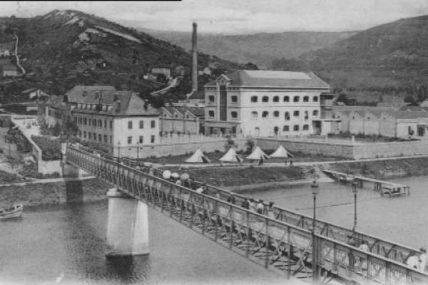 Aujourd'hui friche inductrielle, la Rhodiacéta fut la plus grande usine de Besançon avec plus de 3 000 salariés