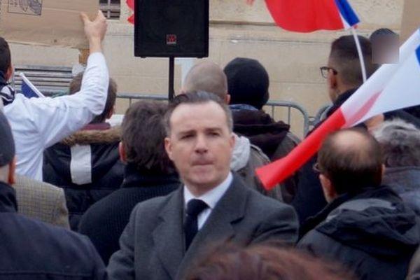 Le professeur Jean-Luc Coronel de Boissezon a été révoqué, pour son rôle dans l'intrusion d'un commando armé dans un amphithéâtre de la faculté de droit de Montpellier lors d'un mouvement social en mars 2018.