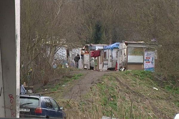 La camp Rom de la Poterne à Lille.
