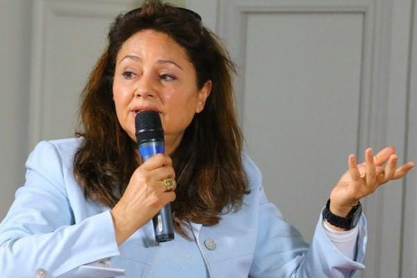 Fawzia Zouari, écrivaine franco-tunisienne, est  à l'origine du Parlement des écrivaines francophones.