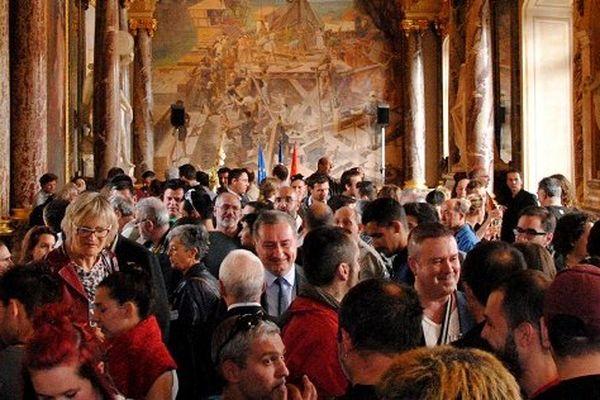 """Jean-Luc Moudenc a recu """"la marche des fiertés"""" au Capitole"""