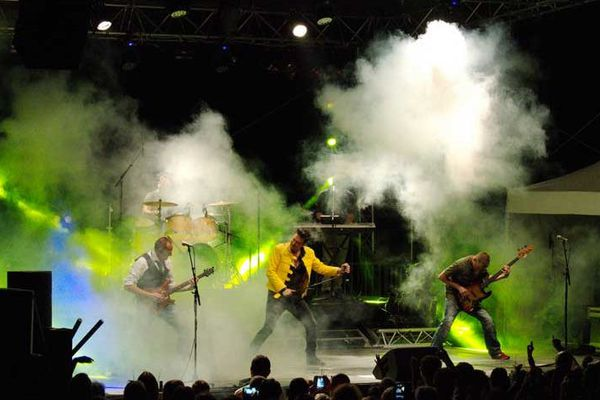 Le groupe explosif CoverQueen
