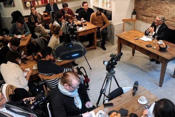 Pierre Cohen lors de sa conférence de presse de lancement de campagne