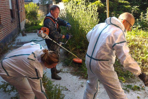 Les bénévoles de Bricos du coeur sur le chantier de rénovation de Wasquehal