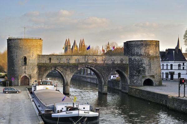 Le Pont des Trous sur l'Escaut à Tournai, en Belgique, en 2009.