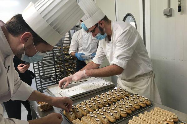 A l'intérieur de la boulangerie Feuillette.